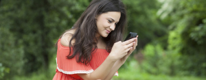 How to Read My Wife's Text Messages from My Phone